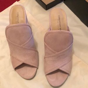 NWT Sandals size 8